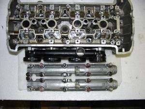Kawasaki Z750/2007Zylinderkopf mit Gummis Keilen und Tassenstössel und Ventilen 450,--gebraucht  Topzustand
